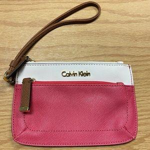 calvin klein pink and cream wristlet